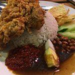 Makan Dalam Kafe: Kafe Hipster di Banting