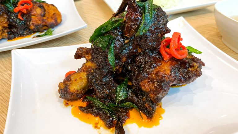 Ayam Flaming Koli Baharu di The Chicken Rice Shop