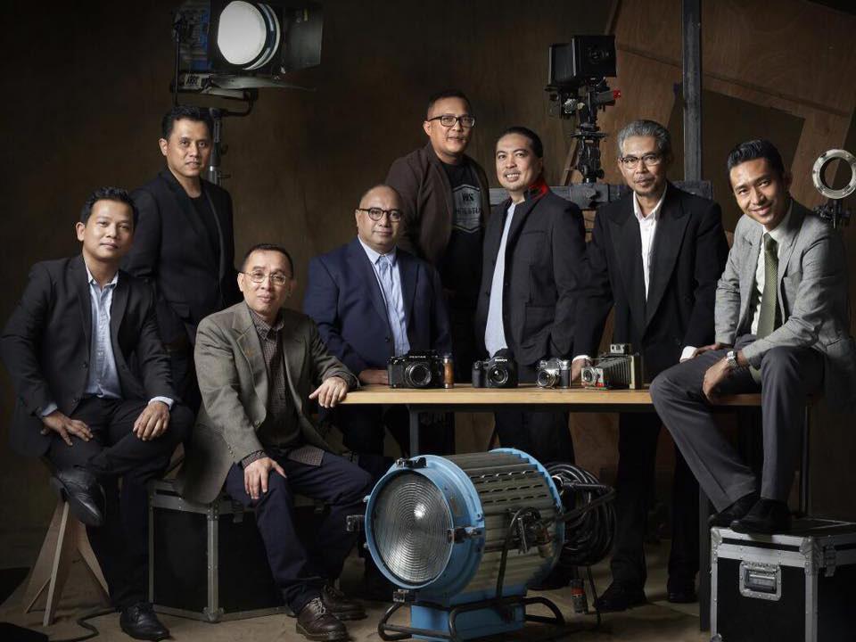 Gambar High Profile oleh Wan Izhar bersama rakan-rakan